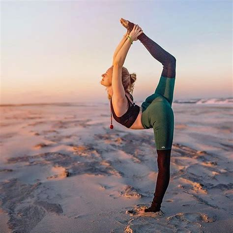 imagenes om yoga best 25 yoga ideas on pinterest yoga moves bedtime