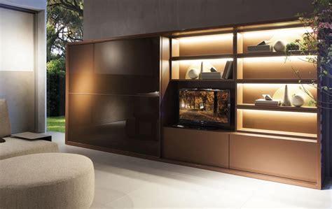 salotto con libreria sistema salotto con armadio libreria e vano tv idfdesign