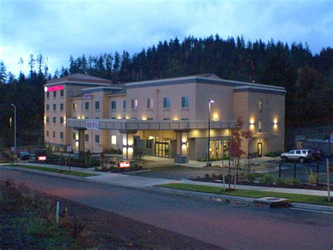 comfort suites eugene in eugene hotel rates reviews in