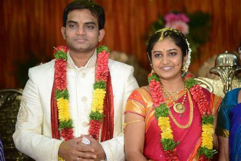 Parnika singer marriage counselor