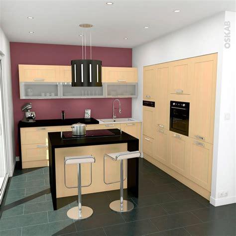 le petit mat駻iel de cuisine cuisine avec ilot central en bois ouverte sur s 233 jour