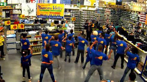 bureau de la vallee flashmob bureau vall 233 e st ker musik