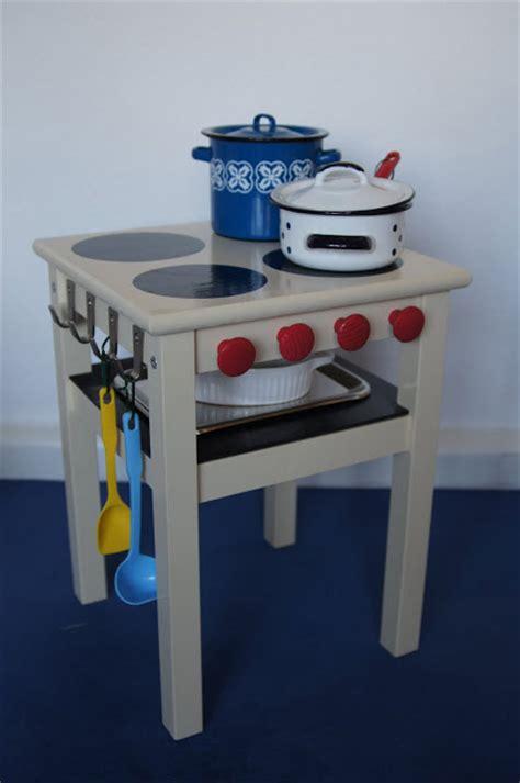 9 old furniture 10 fantastic diy play kitchens 20 coolest diy play kitchen tutorials it s always autumn
