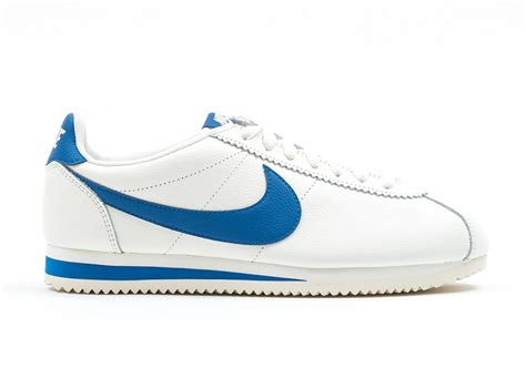 Nike Classic Cortez Blue Navy Orange nike cortez blue pay in running