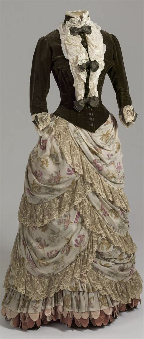 25 best ideas about 1800s dresses on
