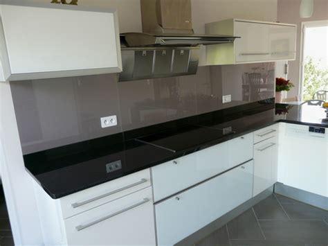 cr馘ence en verre pour cuisine credence pour cuisine grise maison design bahbe com