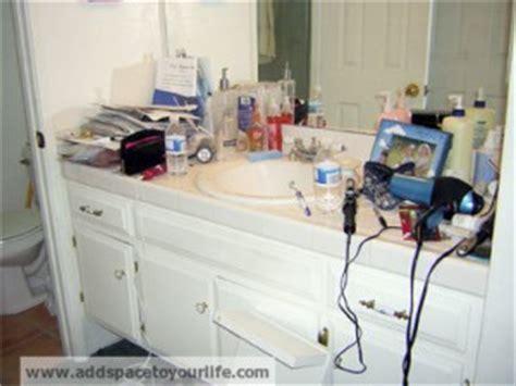 Keep Bathroom Counter Clean Keep Bathroom Countertops Clean And Organized San Diego