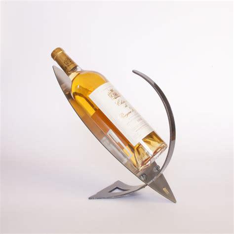 porte bouteille de vin design porte bouteille design en m 233 tal pr 233 sentoir bouteille vin