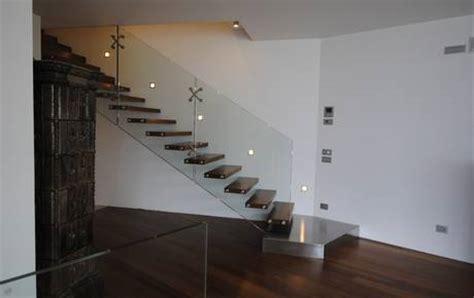 moderne treppen innentreppen aus holz glas beton und stahl sillertreppen