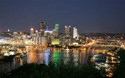 The West End Overlook At Night In Pittsburgh Pa Usa City Lights Pittsburgh