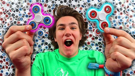 Fidget Spinner Giveaway May 2017 - 1000 fidget spinner giveaway new world record 183 techcheckdaily