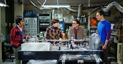 the big bang theory recapo tv recaps for daytime tv the big bang theory recap it s a gas gas gas vulture