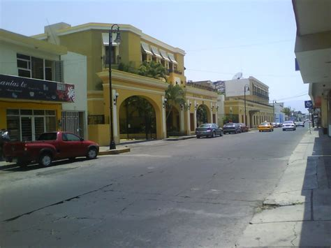 Panoramio   Photo of HOTEL AMERICA COLIMA