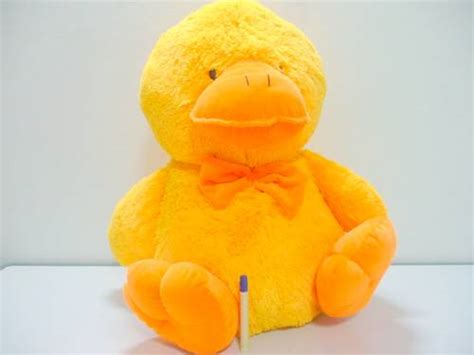 Boneka Bebek Kuning Yellow Duck dinomarket pasardino boneka duck besar bebek kuning jumbo