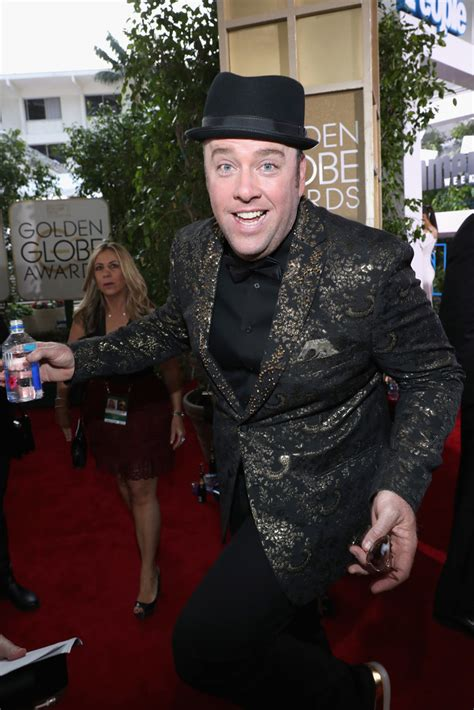 chris sullivan golden globes chris sullivan in fiji water at the 74th annual golden