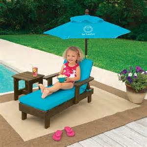 Kids Patio Set With Umbrella One Step Ahead Sun Smarties Outdoor Chaise With Umbrella