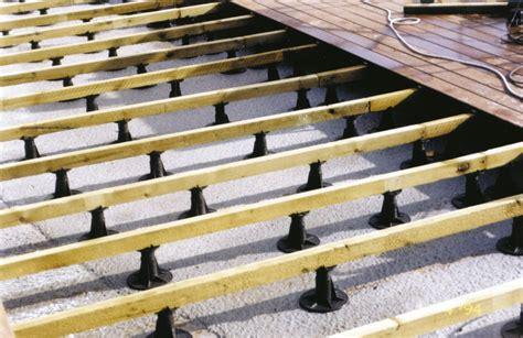 posa pavimenti esterni pavimenti esterni in legno decking in ticino