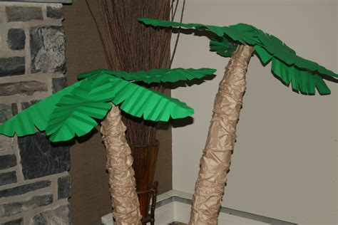 How To Make A Paper Tree For A Classroom - palm trees paper petals