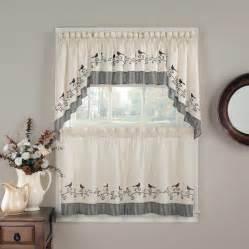 Small Kitchen Curtains Decor Small Window Curtain Decor Ideas Also Traditional Motif Decoration At And Lower