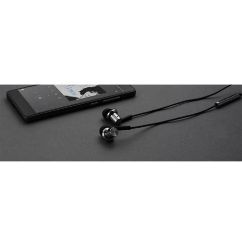 Xiaomi Quantie Pro Hybrid Driver Earphone With Mic Original xiaomi quantie hybrid dual driver earphone dengan mic oem black jakartanotebook