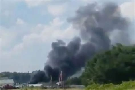 boat explosion ocean isle beach three injured after boat explodes at north carolina beach