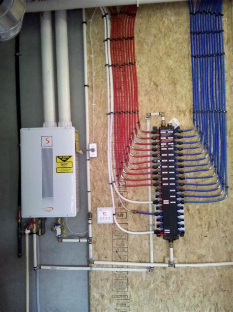 Plumbing With Pex Guide by Http Www Mobilehomerepairtips Mobilehomehotwaterheaters Php Has Some Information How To