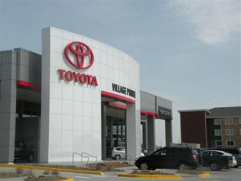 Omaha Toyota Dealers Pointe Toyota Car Dealership In Omaha Ne 68022