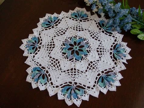 doily pattern pinterest pinterest chochet dollies round crochet doily with blue