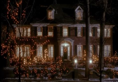 Front Porches On Colonial Homes famous movie house home alone is sold