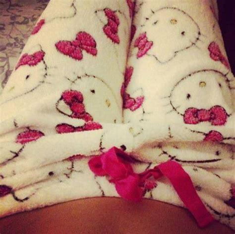 Piyama Hello White Hello Fluffy Pajamas White Pink Wheretoget