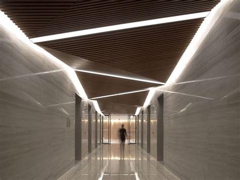 cool ceiling designs unique lighting design for a contemporary lobby design dise 241 o light iluminaci 243 n pinterest