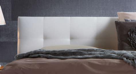 Bett Kopfteil Kunstleder by Massivholzbett Aus Eiche Mit Wei 223 Em Kopfteil Faro