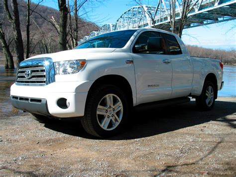 toyota cars and trucks 2007 toyota tundra full review too much of a good thing