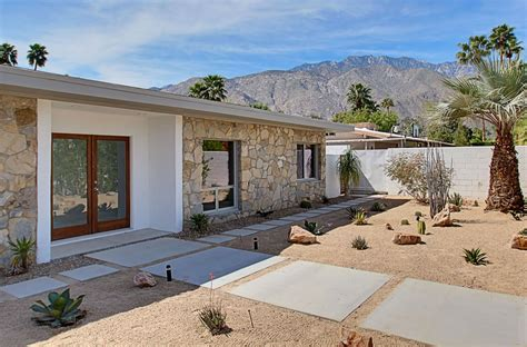renovated mid century modern  central palm springs