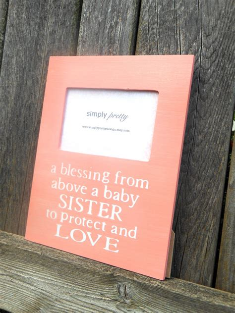 Customized Gift Wrap - custom big sister quote picture frame baby by simplyprettydesign