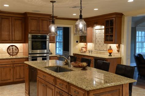 Beautiful Maple Kitchen Cabinets Home Design Ideas Best Way To | beautiful maple with a stain glaze finish italian granite