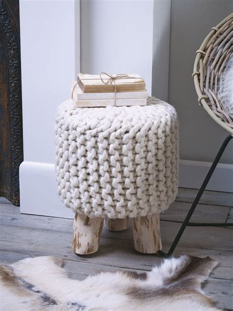 Chunky Stool by 5 Tips And 37 Ideas To Make Your Home Cozier Right Now