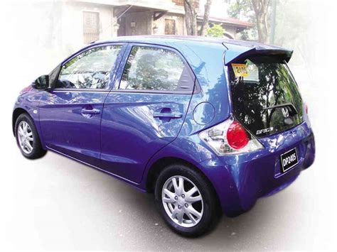 suzuki brio honda brio and suzuki swift a comparo motioncars