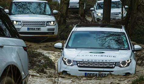 land rover driving course experience drives experience land rover uk