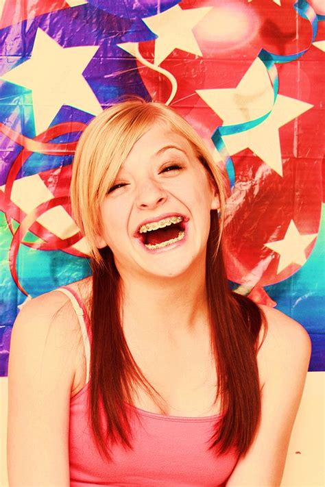 Gigi Sehat Dan Cantik semakin sehat dan bergaya berkat kawat gigi info sehat