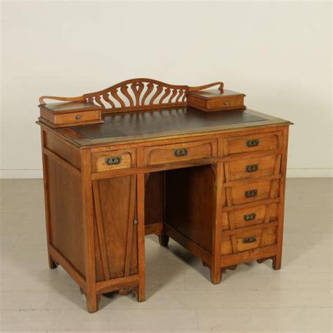 scrivania liberty scrivania liberty mobili in stile bottega 900