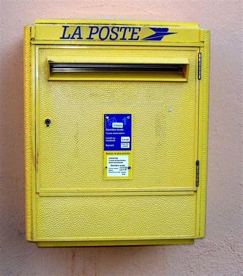 Deposer Colis Boite Aux Lettres