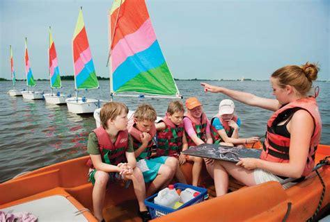 zeilboot leren varen zeilen junior