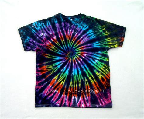 Mukena Tie Die 1 tie dye shirt inverted rainbow spiral