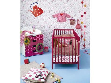 Ordinaire Idee De Deco De Chambre #5: photo-decoration-deco-chambre-bebe-fille-liberty-3.jpg
