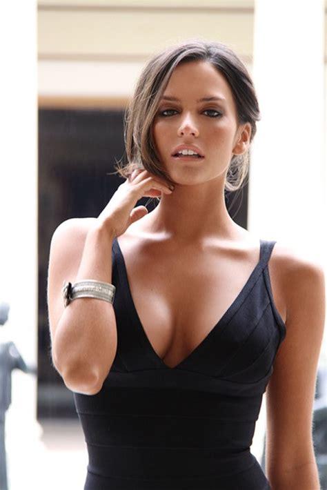 Dating Model by Beautiful Venezuelan Dating Co