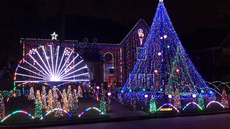 holiday light displays near me the best holiday light displays around houston mclife