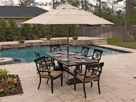 How To Clean Cast Aluminum Patio Furniture by 17 Best Images About Outdoor Dining Sets On