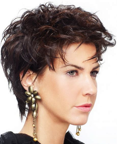 medium hairstyles for fat faces short haircuts for fat faces