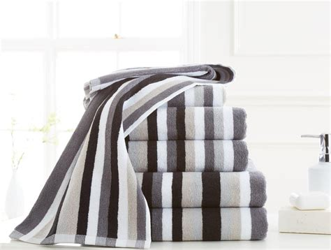 100 egyptian cotton victoria stripe bath towel pack of